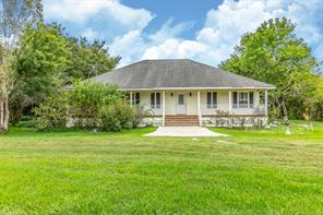 12517 max road, brookside, TX 77581