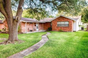 10223 Old Orchard Road, La Porte, TX 77571