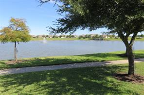 5807 Cinnamon Lake, Baytown TX 77521