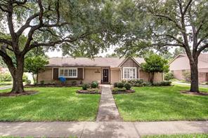 10706 Piping Rock, Houston TX 77042