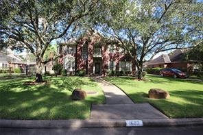 1607 Crescent Green, Houston TX 77094