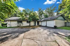 10215 Huntington View, Houston TX 77099