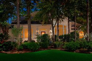 10 Gallant Oak Place, The Woodlands, TX 77381