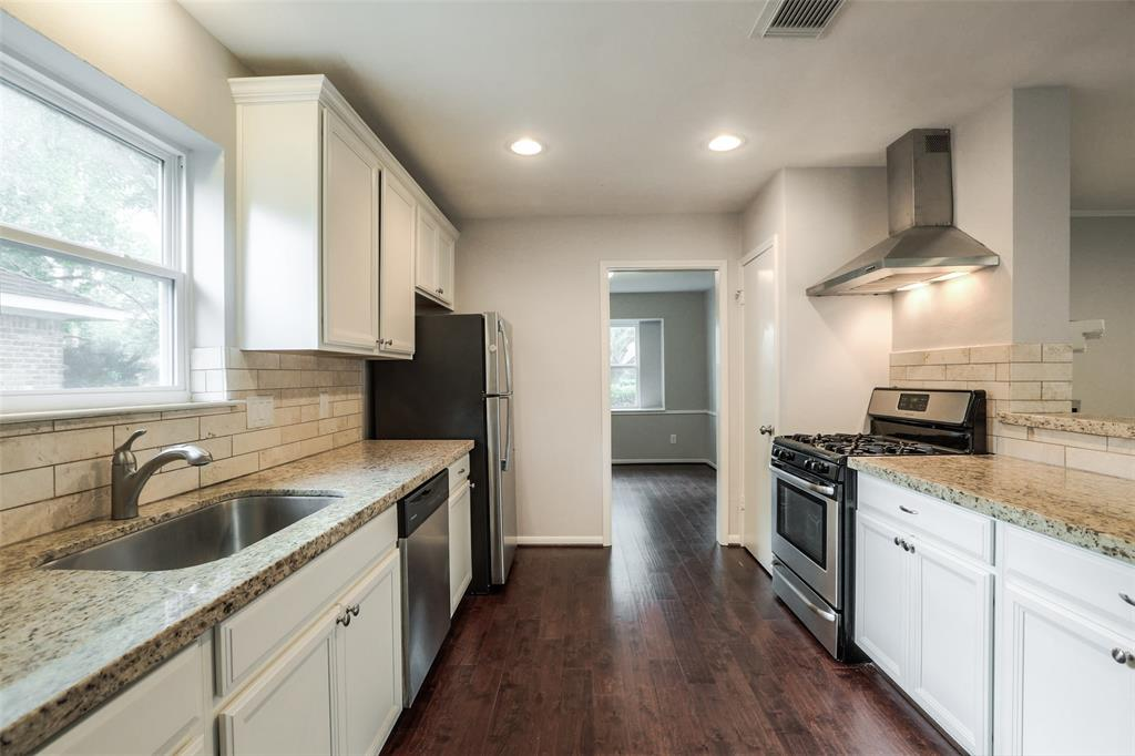 The family chef will love the gas range and lots of storage.