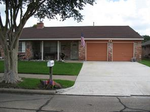 5218 Meadow Crest Street, La Porte, TX 77571