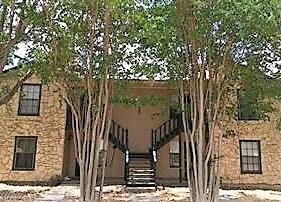 805 San Pedro