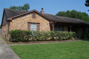 9606 Riverside Lodge Drive, Houston, TX 77083