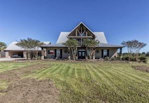 16051 Brush Island Rd, Winnie TX 77665
