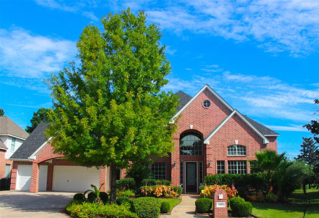 FRONTIER CUSTOM HOUSE WITH A GORGEOUS GOLF COURSE VIEW, SOARING HIGH CEILINGS, SPACIOUS BEDROOMS, AND MARBLE FLOORING DOWNSTAIRS! THIS HOUSE ALSO HAS A ROTUNDA IN THE STUDY ROOM AND BREAKFAST AREA! Located in Windrose Golf Club community and Klein ISD district! IT IS MINUTES FROM GRAND PARKWAY AND THE EXXON MOBIL CAMPUS! Come see this gorgeous house today!
