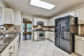 2 Village Knoll, The Woodlands, TX, 77381