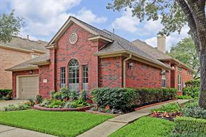 12 Parkway Place, Houston, TX 77040