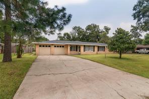 8014 Dellanera Drive, Hitchcock, TX 77563