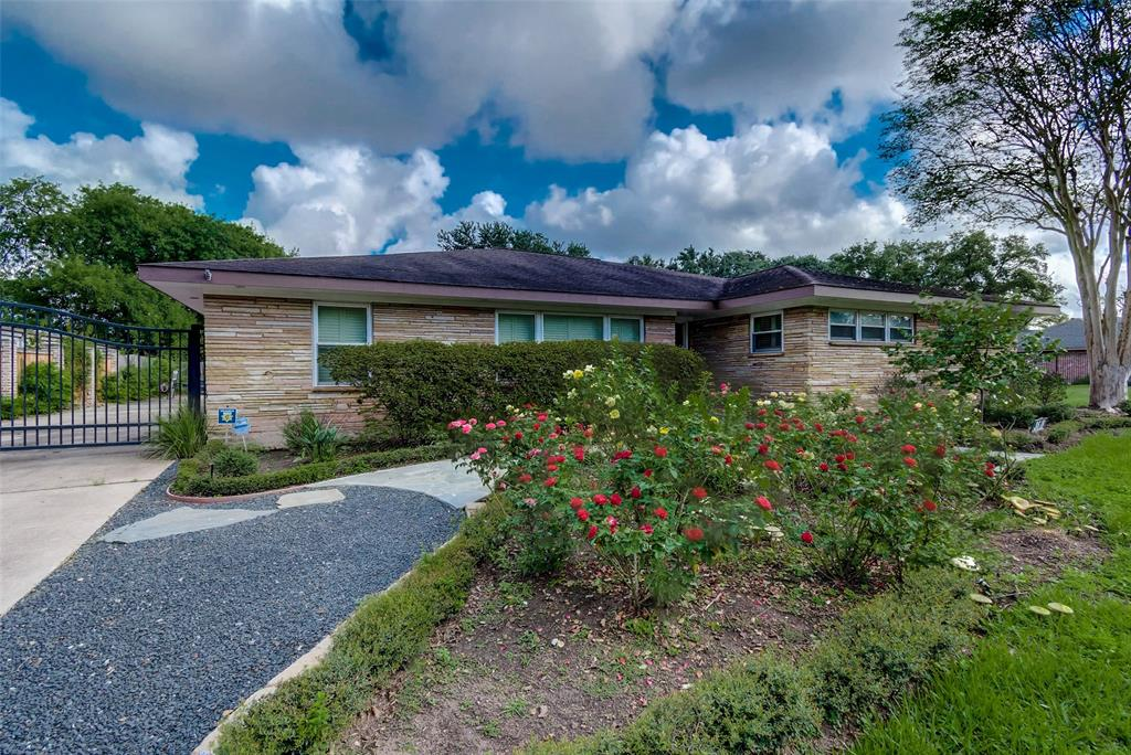 Great opportunity to rebuild or renovate your dream home on a 14,000 plus square foot lot in Braes Heights with premier schools. Live Oak tree in beautifully landscaped private backyard. Walking and bike trails steps away. Close proximity to Medical Center, Rice Village, NRG stadium and downtown. HOA deed restricted with Constable Patrol. Home flooded in Harvey, but has great potential to restore! This is a must see home in its entirety! Survey and Elevation Cert. attached. Please call with specific questions.