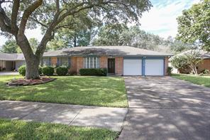 Houston Home at 212 Stonehenge Lane Friendswood , TX , 77546-3530 For Sale