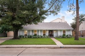 1719 Briarmead Drive, Houston, TX 77057