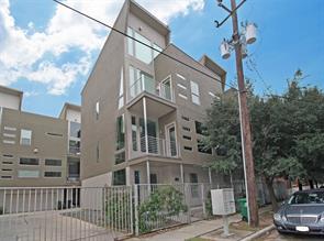 902 hutchins street, houston, TX 77003