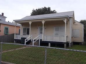 2710 Bernardo De Galvez, Galveston, TX 77550