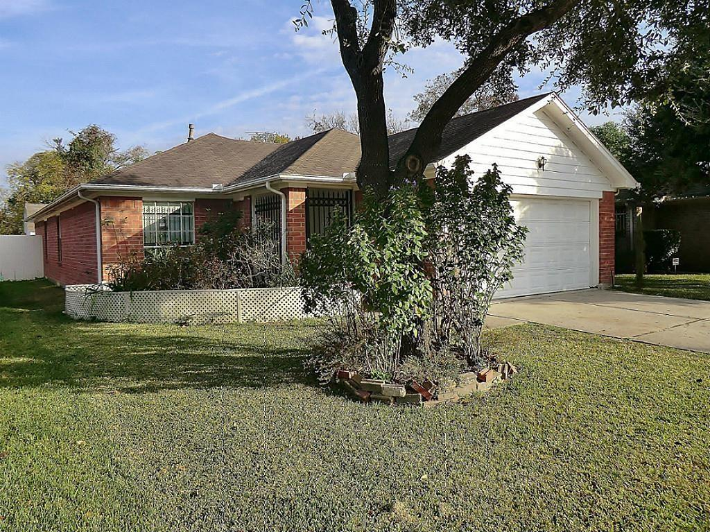 7122 Rittenhouse Village Road, Houston, TX 77076