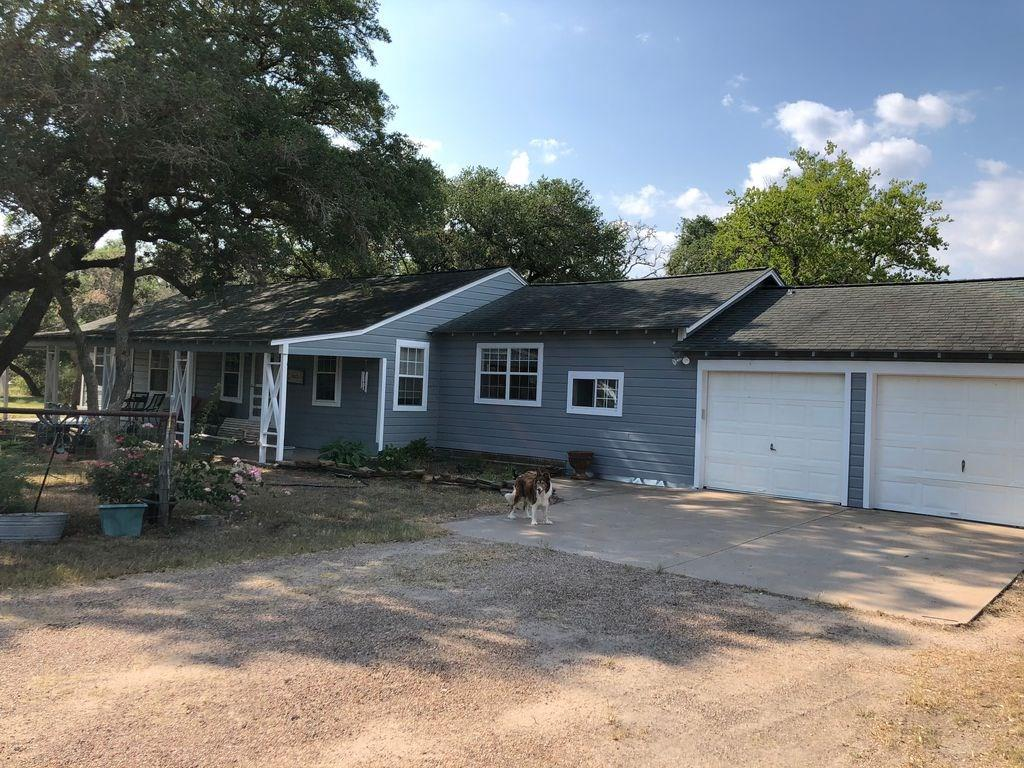 342 County Road 273, Ganado, TX 77962