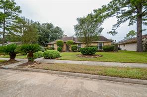 5930 Green Falls, Houston, TX, 77088