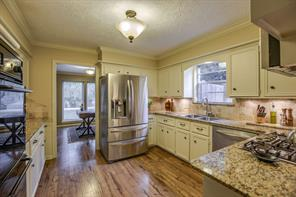Houston Home at 614 Brook Hollow Drive Conroe , TX , 77385-9107 For Sale