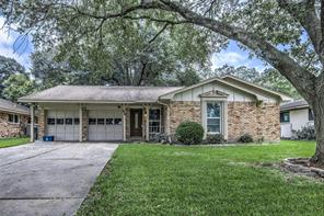 2235 Brae Lane, League City, TX 77573