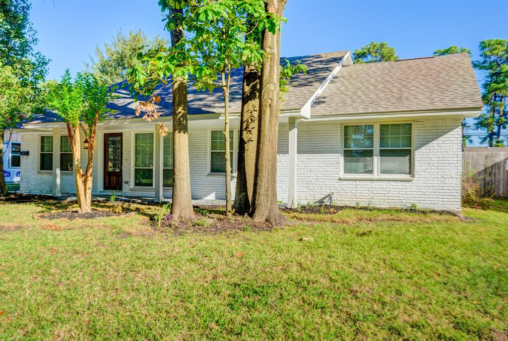 TOTALLY UPDATED HOME IN SHEPHERD FOREST,CONVENIENTLY LOCATED TO 610/290. HOME IS A 3 BED/2 BATH HOME WITH 2052 SF, HOME HAS BEEN UPDATED WITH NEW INTERIOR,EXTERIOR PAINT,NEW HVAC,NEW WOOD FLOORS,NEW GRANITE COUNTER TOPS,NEW PLUMBING AND ELECTRIC, REMODELED BATHROOMS, HUGE MASTER CLOSET ,TOO MUCH TO LIST!! HOME WONT DISSAPOINT