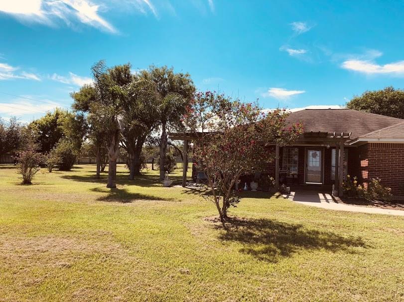 2311 E Bayshore Drive Drive, Palacios, TX 77465