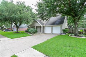 2411 manorwood street, sugar land, TX 77478