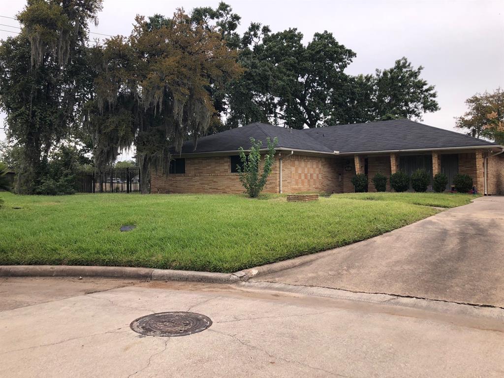 7903 Glen Dell Court, Houston, TX 77061