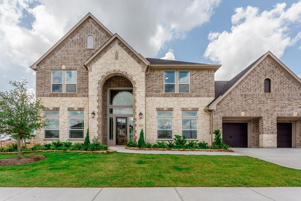 13822 Bellwick Valley Lane, Houston, TX 77059