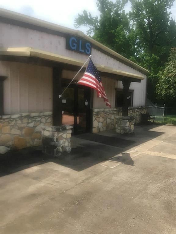 3205 U S Highway 59, Livingston, TX 77351
