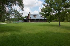 18810 county line road, winnie, TX 77665