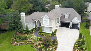 98 meadowmist court, the woodlands, TX 77381