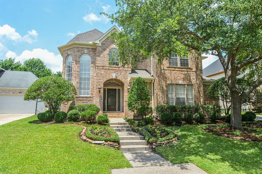Recently updated in sought after Lakes of Parkway. Short walk to pool and tennis courts. 3 car garage with workbench, covered patio, 2 wet bars, wine room with wine refrigerator. Wrought iron staircase. Bonus room could be 5th bedroom, exercise room, or hobby room. Built in refrigerator and recent, double oven, dishwasher, and microwave. The kitchen also has a double pantry. New roof in 2017. Newly painted inside and out. Updated bathrooms with new granite and tile. Kitchen has been updated with new appliances.