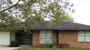 107 s magnolia street, lake jackson, TX 77566