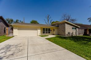 6626 sandstone street, houston, TX 77074