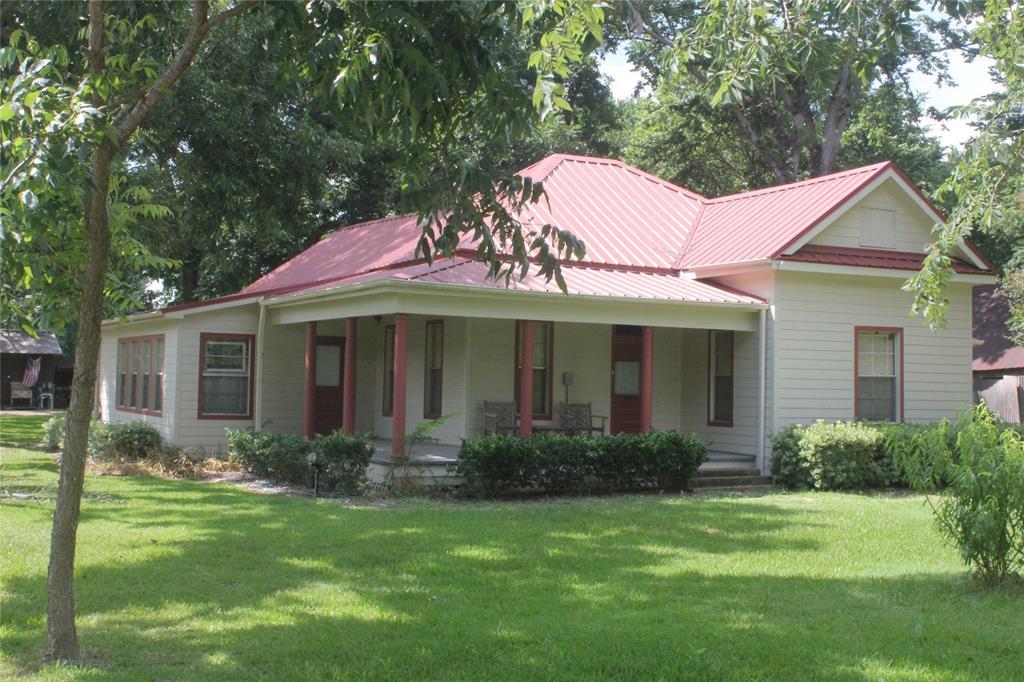 3590 Sauer Street, Franklin, TX 77856