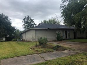 8827 oakhaven road, la porte, TX 77571
