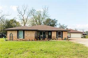 3820 County Road 36, Angleton, TX 77515