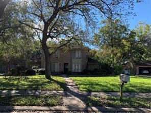 53 poplar court, lake jackson, TX 77566