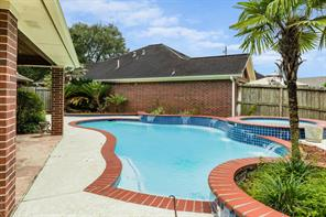 Houston Home at 416 Live Oak Lane Friendswood , TX , 77546-3474 For Sale