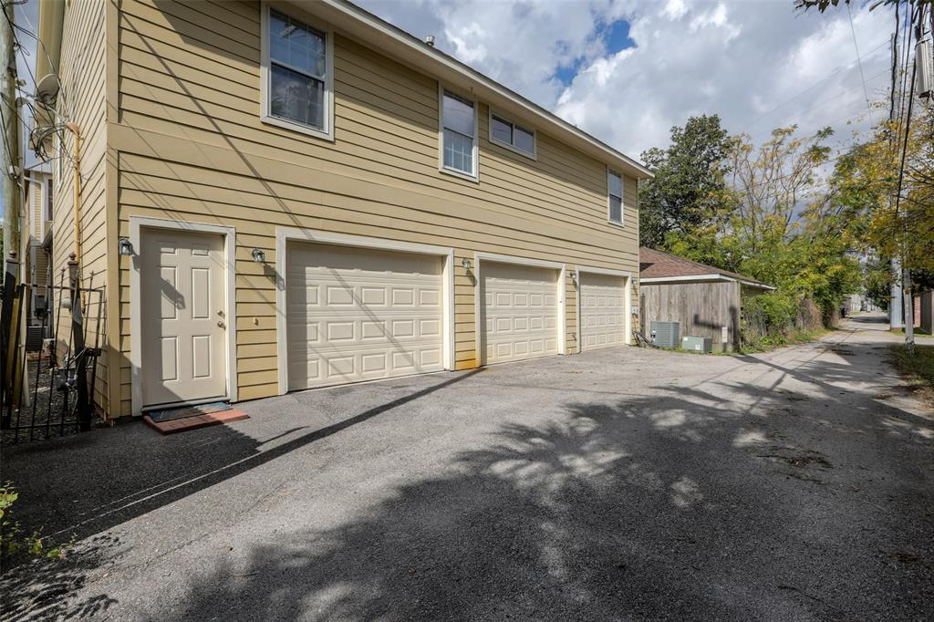 Over-sized 3 car garage with lots of workshop features.  Private entrance to the guest quarters/apt.