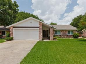 16915 Hibiscus Lane, Friendswood, TX 77546