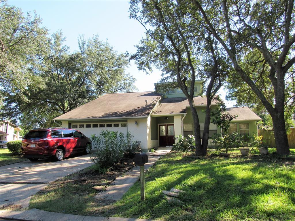 3401 Surrey Street, Baytown, TX 77521