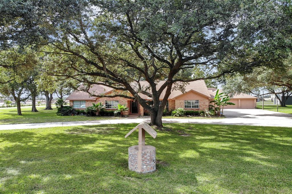 5601 Old Greenhouse Road, Houston, TX 77084