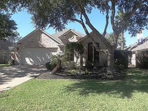 2328 Fairway Pointe Drive, League City, TX 77573
