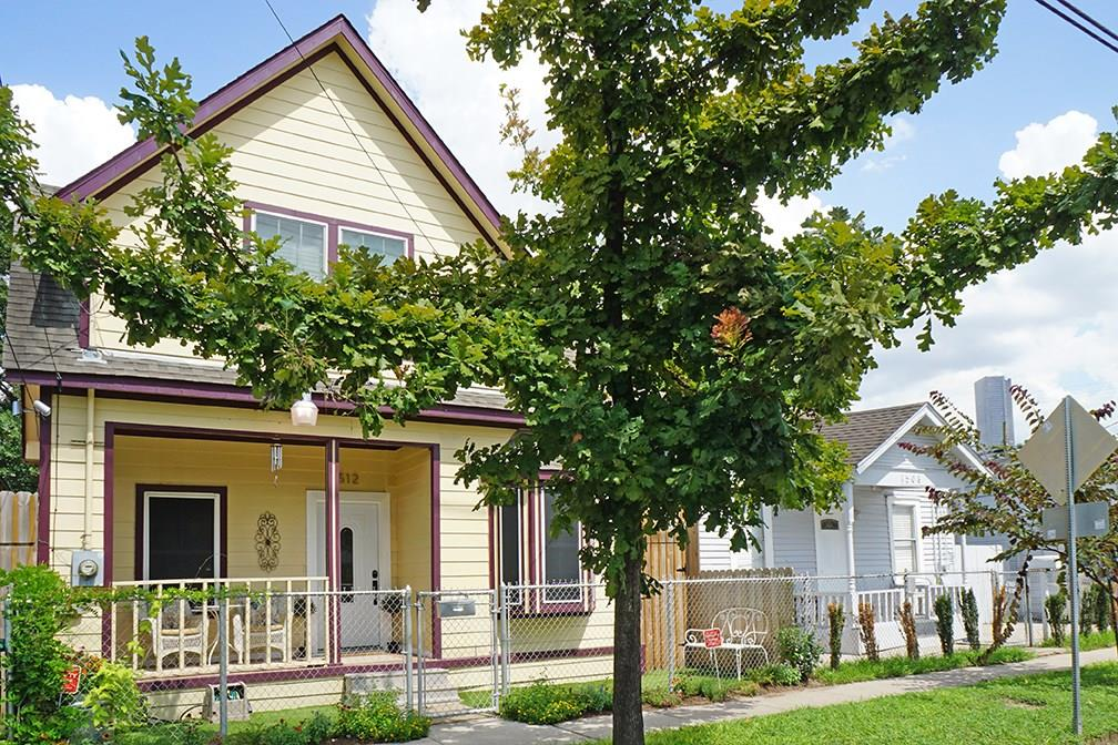 Charming home located in the First Ward, blocks from Downtown & close to artist studios in Washington Arts District. Home stripped to the studs in 2006 and completely remodeled. First floor living with open layout, historic elements throughout with modern updates to flooring, kitchen & bathrooms. Master has views of Downtown and space for an office or artist nook. Lovely landscaping and private patio in backyard with dog run. New furnace, toilets, w/d, & dishwasher in 2016. No flooding w/ Harvey