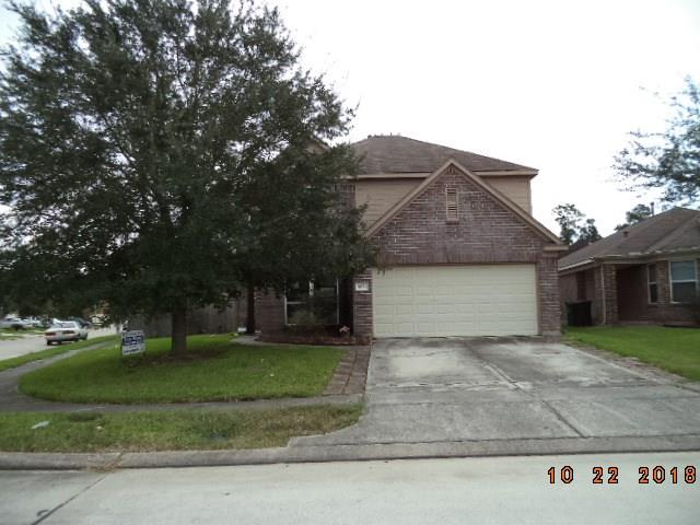 Charming 5 bedroom, 2 and a half bath home in the quiet neighborhood of Wayside. Wood floors in living area, breakfast bar, spacious master bath, massive backyard including a storage shed. Schedule your showing now.