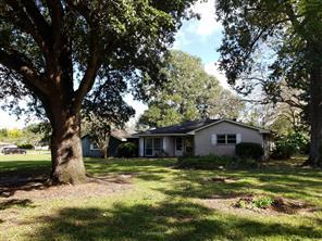 401 Main St County Road 156, Alvin TX 77511